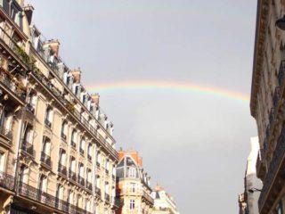 虹 フランス パリ
