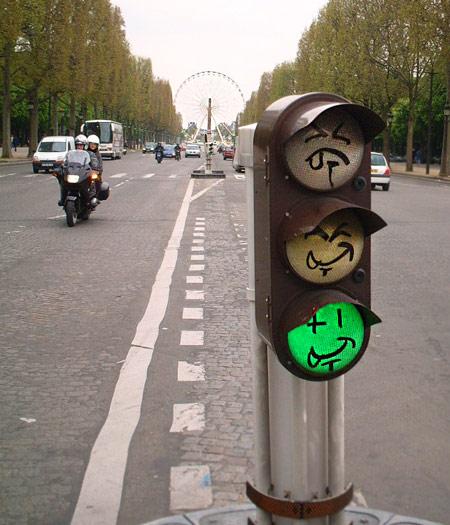 パリ シャンゼリゼ 信号