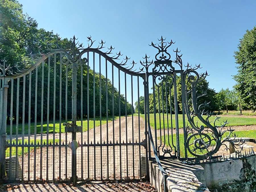 サン=ジャン・ドゥ・ボールガール城の門