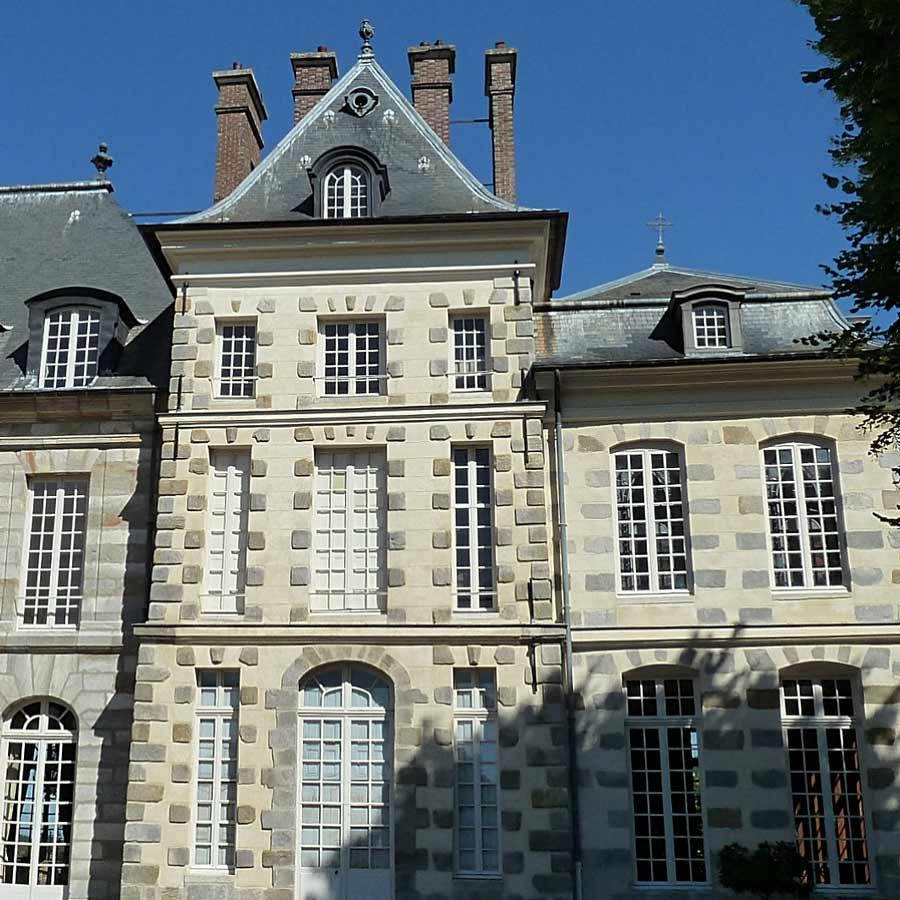 フランス 可愛いサン=ジャン・ドゥ・ボールガール城